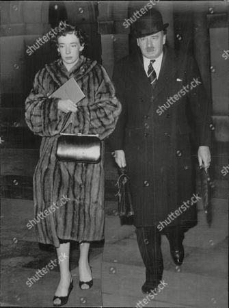 Susan Clark With Father Sir Andrew Clark Qc Later Wife Of Ian Maxwell Scott Who Was A Close Friend Of Lord Lucan.