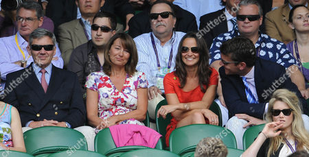 Pippa Middleton With Her Parents Michael Middleton And Carole Middleton And Alex Louden At Wimbledon Tennis Championships 2011. Jo-wilfried Tsonga V Roger Federer.