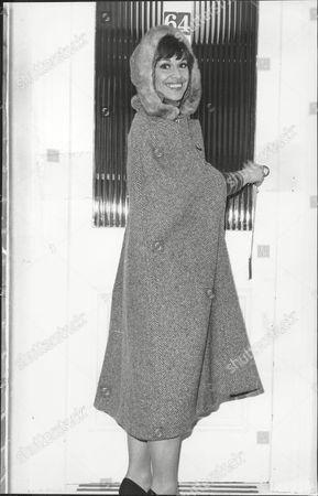 Elizabeth Seal Actress.