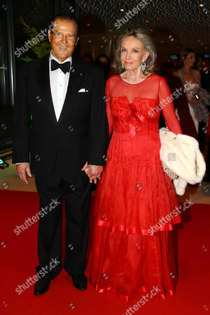 Sir Roger Moore and wife Kristina Tholstrup