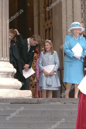 PRINCE HARRY HENRY AND PRINCE WILLIAM AND PRINCESS BEATRICE AND QUEEN ELIZABETH II AT THE ST.PAULS CATHEDERAL SERVICE FOR THE QUEEN MOTHER'S 100TH BIRTHDAY