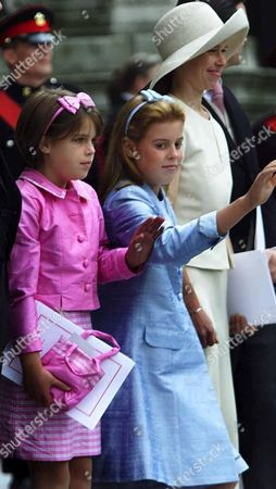 PRINCESS BEATRICE AND EUGENIE AND LADY SARAH ARMSTRONG JONES-QUEEN MOTHER'S 100TH BIRTHDAY THANKSGIVING SERVICE AT ST PAUL'S CATHEDRAL