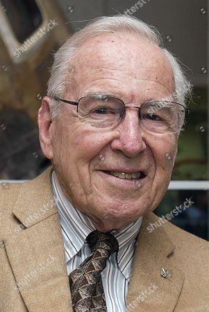 Jim Lovell, USN
