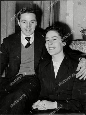 Stock Image of Hibernian Footballer Bobby Johnstone With Girlfriend Heather Roden Robert Johnstone (7 September 1929 Oo 22 August 2001) Was A Scottish Association Football Player Mainly Remembered As One Of The Famous Five Forward Line Of Hibernian. In Hibs' Rich History No Group Of Players Has Ever Achieved Greater Fame Than The Famous Five: Gordon Smith Bobby Johnstone Lawrie Reilly Eddie Turnbull And Willie Ormond. In The Late 1940s And Early 1950s They Forged A Front Line That Was The Scourge Of Defences Throughout Scotland. Johnstone Was The First Of The Five To Leave Hibs When He Was Sold To Manchester City In 1955. He Also Enjoyed Success With The English Club Becoming The First Player To Score In Successive Fa Cup Finals At Wembley In 1955 And 1956. Johnstone Who Is Also Fondly Remembered By Supporters Of Oldham Athletic Won 17 Caps For Scotland.