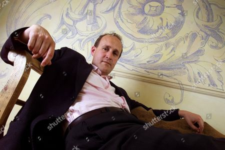 PETER BAZALGETTE THE IDEAS MAN BEHIND THE CHANGING ROOMS/GROUNDFORCE TV PROGRAMME FORMAT IN HIS CENTRAL LONDON OFFICES