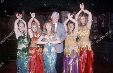 Terry Major-Ball and dancers