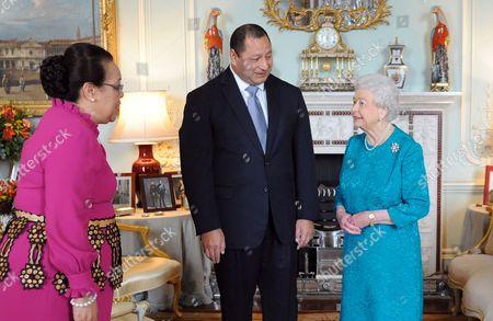 Queen Nanasipau'u Tuku'aho, King Tupou VI of Tonga and  Queen Elizabeth II