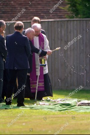 Editorial photo of SIR ALEC GUINNESS FUNERAL, PETERSFIELD HAMPSHIRE BRITAIN