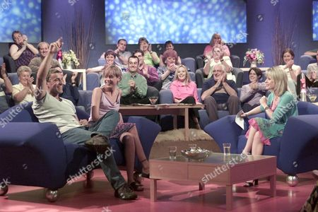 """Stock Image of """"SOAP FEVER"""" TV - Tracie Bennett with David Easter (Pete Callan) and Jemma Walker (Siobahn Callan) from Family Affairs"""
