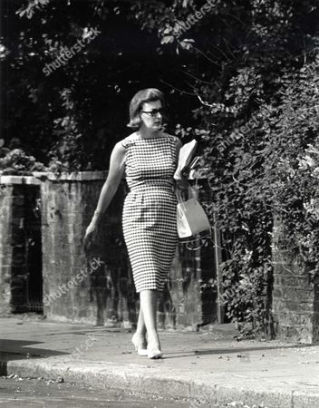 LADY PAMELA HICKS, AUGUST 1964.