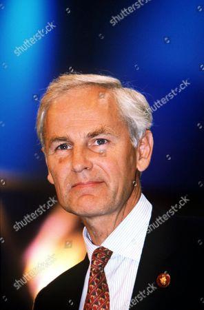 Stock Photo of DAVID HEATHCOAT- AMORY - 2000