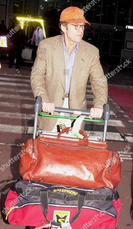 ARRIVAL OF ACTOR ROBERT REDFORD FROM NEW YORK AT LONDON HEATHROW AIRPORT BRITAIN