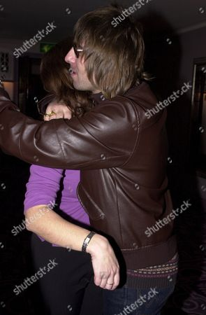 Q MUSIC MAGAZINE AWARD CEREMONY,LONDON,BRITAIN - LIAM GALLAGHER AND THE MIRROR'S POLLY GRAHAM