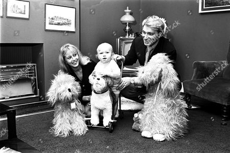 FRANK IFIELD AND WIFE GILLIAN AND SON MARK 1968