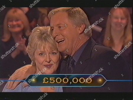 """JUDITH KEPPEL ANSWERS THE HALF MILLION POUND QUESTION ON """" WHO WANTS TO BE A MILLIONAIRE"""" AND IS CONGRATUALTED BY CHRIS TARRANT BRITAIN"""