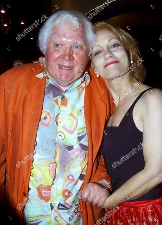 FILM DIRECTOR KEN RUSSELL WITH HIS LATEST PARTNER LISI TRIBBLE AT THE COBDEN CLUB LONDON BRITAIN