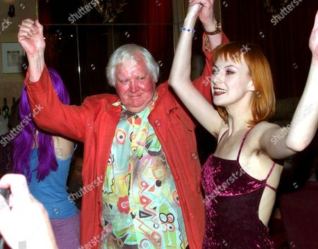 FILM DIRECTOR KEN RUSSELL AT HIS LATEST FILM SCREENING AT THE COBDEN CLUB TONIGHT - WITH FRIENDS LONDON BRITAIN