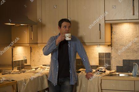 Jamie Sives as Jeb Colman.