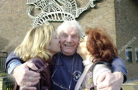 Aleetza Wood - Peta Jonossi from Home and Away and Juliette Kaplan - Pearl from Last of the Summer Wine give Coronation Street's Don Brennon - actor Geoff Hinsliff a kiss at the start of rehearsals for the Swindon Wyvern Theatre Aladdin.Britain