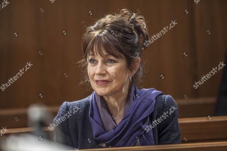 Jan Francis as Caroline Moran.