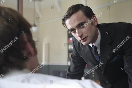 Jack Laskey as DS Peter Jakes