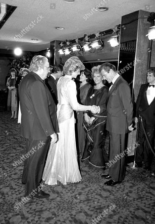 "ALBERT ""CUBBY"" BROCCOLI, PRINCESS DIANA, ROGER AND LUISA MOORE ""A VIEW TO A KILL"" PREMIERE. 12/06/85"