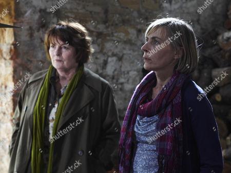 Brenda Blethyn as Vera Stanhopeand Saskia Reeves as Laura.