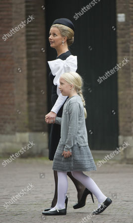 Princess Mabel and Countess Luana
