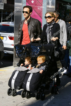 Anna Paquin and husband Stephen Moyer and her twins Charlie Moyer and Poppy Moyer