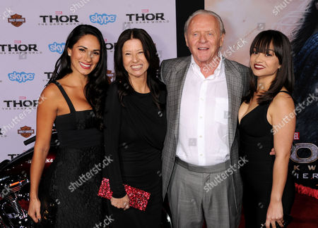 Stella Arroyave and Sir Anthony Hopkins (C) and guests