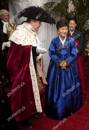 The Lord Mayor Roger Gifford and The President of Korea Park Geun-hye