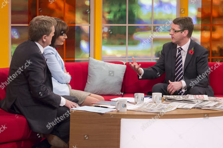 Stock Photo of Aled Jones and Lorraine Kelly with Richard Swannell