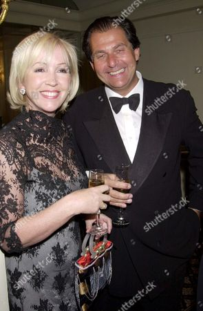 SALLY GREEN AND ROBERT AT THE 'WHO'S COOKING DINNER' LEUKAEMIA CHARITY HELD AT THE BERKELEY HOTEL LONDON BRITAIN