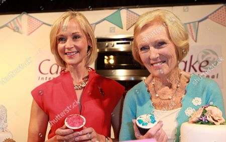 Mich Turner and Mary Berry