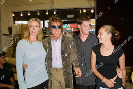 KELLY EMBERG AND HER EX ROD STEWART WITH GAVIN BRODIN AND RODS' DAUGHTER RUBY.