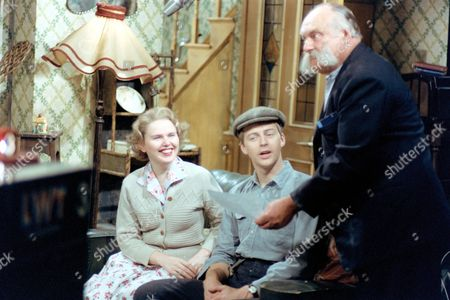 PATRICIA BRAKE, IAN LAVENDER AND JIMMY EDWARDS. 'THE GLUMS' JUL.1979
