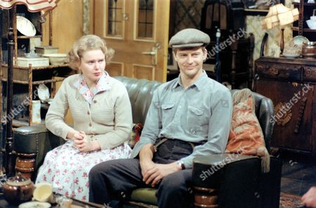 PATRICIA BRAKE AND IAN LAVENDER. 'THE GLUMS' JUL.1979