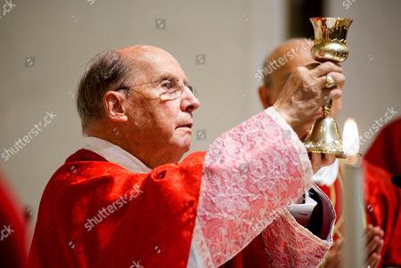 Bishop Javier Echevarria Rodriguez during the mass