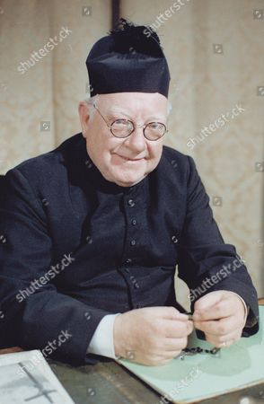 Stock Photo of ARTHUR LOWE. 'BLESS ME FATHER' JUL.'80