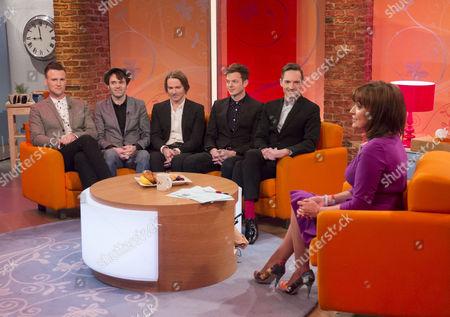 The Feeling - Dan Gillespie Sells, Richard Jones, Kevin Jeremiah, Ciaran Jeremiah and Paul Stewart with Lorraine Kelly