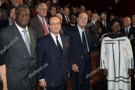 French President Francois Hollande and former President Jacques Chirac with prize winner Congolese doctor Denis Mukwege and Bineta Diop, head of Femmes Africa Solidarite