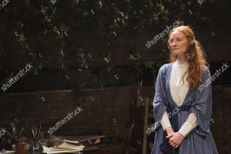 Emma West as Lizzie Siddal