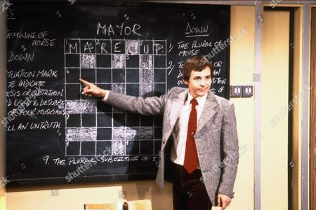 BARRY EVANS IN THE TV PROGRAMME MIND YOUR LANGUAGE 1979