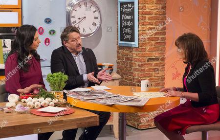 Editorial photo of 'Lorraine Live' TV Programme, London, Britain  - 27 Nov 2013