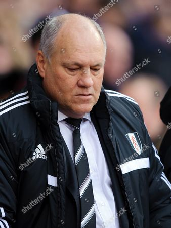 Fulham manager Martin Jol looks dejected