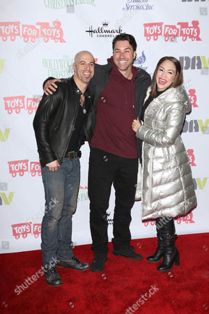 Chris Daughtry with Ace Young and Diana DeGarmo
