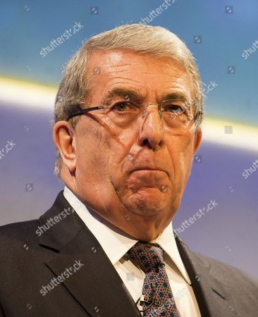 Editorial photo of Sir Roger Carr President Of The Cbi And Chairman Of Centrica Speaking At The Cbi Conference In London. Picture David Parker 19/11/12.