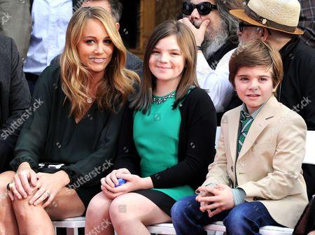 Christine Taylor, Quinlin Stiller and Ella Stiller