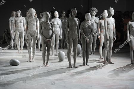 The Vanessa Beecroft performance installation