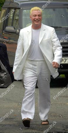 CORONATION STREET ACTOR IAN MERCER ARRIVING FOR HIS WEDDING